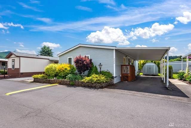 2444 Nightingale Lane, Kelso, WA 98626 (#1611336) :: The Kendra Todd Group at Keller Williams