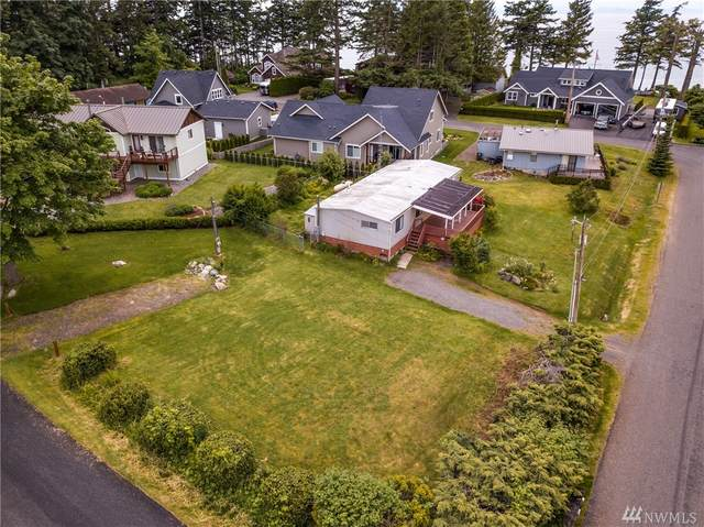 5679 Whitehorn Wy, Blaine, WA 98230 (#1611342) :: The Kendra Todd Group at Keller Williams