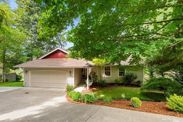 5022 Country Club Wy SE, Port Orchard, WA 98367 (#1611381) :: McAuley Homes
