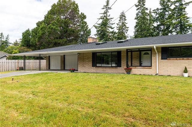 1482 SW 2nd Wy, Oak Harbor, WA 98277 (#1611440) :: The Kendra Todd Group at Keller Williams