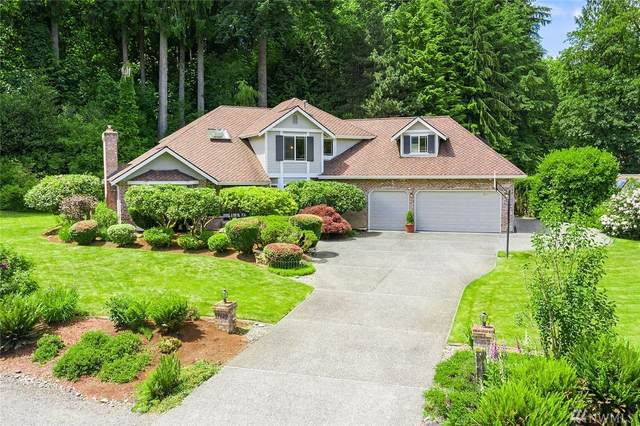 13729 229th Dr SE, Issaquah, WA 98027 (#1611629) :: The Kendra Todd Group at Keller Williams