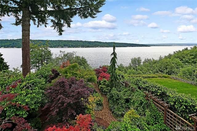 11702 Lakeside Ave NE, Seattle, WA 98125 (#1612353) :: Alchemy Real Estate