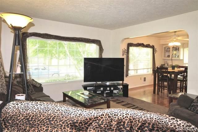 664 18th Avenue, Longview, WA 98632 (#1613429) :: M4 Real Estate Group