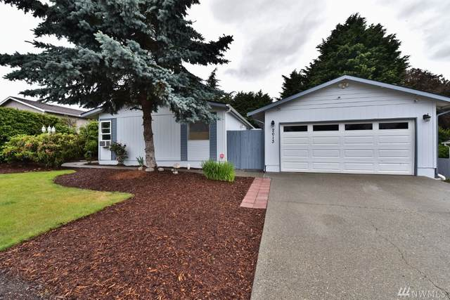 2013 78th St Ct E, Tacoma, WA 98404 (#1613740) :: Capstone Ventures Inc