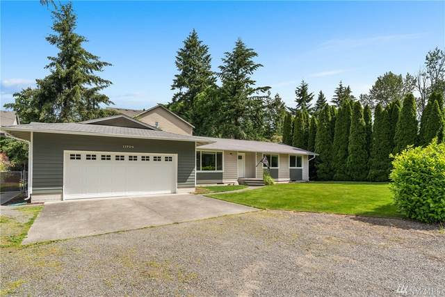 11704 SE 320th St, Auburn, WA 98092 (#1614740) :: Real Estate Solutions Group