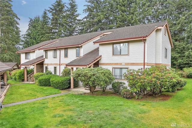 17405 119th Lane SE I-5, Renton, WA 98058 (#1615408) :: Ben Kinney Real Estate Team
