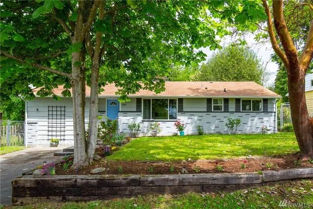 2516 NE 203rd St, Shoreline, WA 98155 (#1615430) :: Ben Kinney Real Estate Team