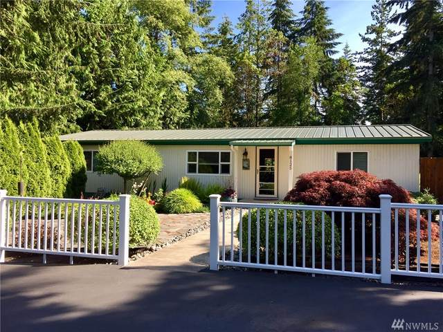 8125 NE Beachwood Ave, Poulsbo, WA 98370 (#1615838) :: Better Homes and Gardens Real Estate McKenzie Group