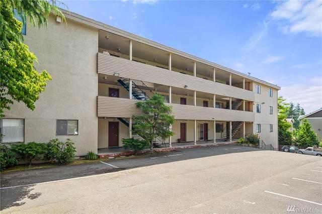 980 Edmonds Ave NE, Renton, WA 98056 (#1615883) :: Better Properties Lacey