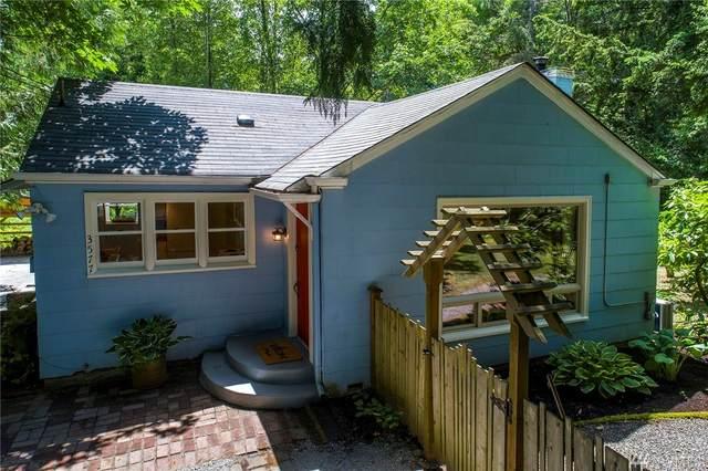 3577 NE 180th St, Lake Forest Park, WA 98155 (#1615993) :: Ben Kinney Real Estate Team