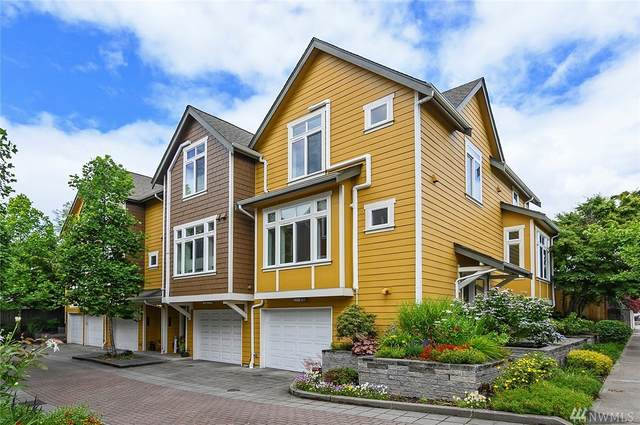 6533 25th Ave NE A, Seattle, WA 98115 (#1616075) :: The Kendra Todd Group at Keller Williams
