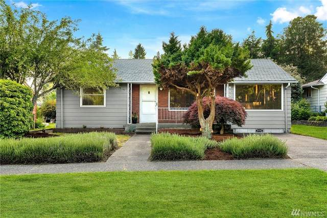 8143 31st Ave SW, Seattle, WA 98126 (#1616609) :: Northern Key Team