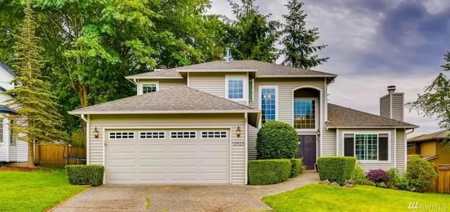 12923 NE 101st Place, Kirkland, WA 98033 (#1617638) :: Real Estate Solutions Group