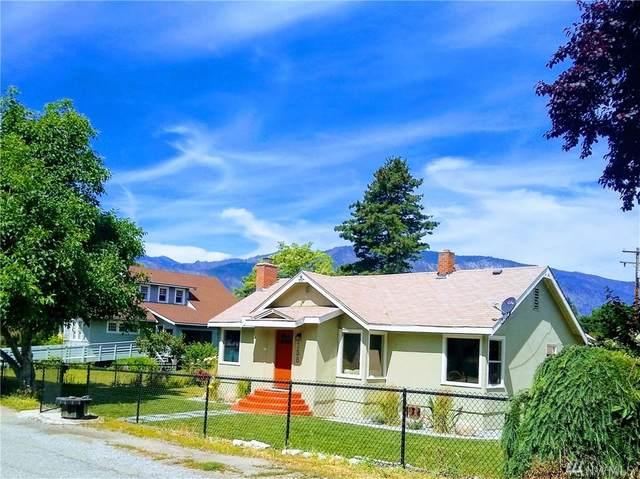 158 Mclaren Ave, Manson, WA 98831 (#1617834) :: Ben Kinney Real Estate Team