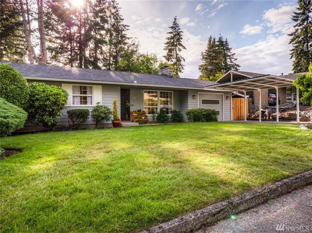 145 152nd Place SE, Bellevue, WA 98007 (#1618045) :: Real Estate Solutions Group