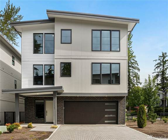 12122 NE 109th Wy, Kirkland, WA 98033 (#1618311) :: Real Estate Solutions Group