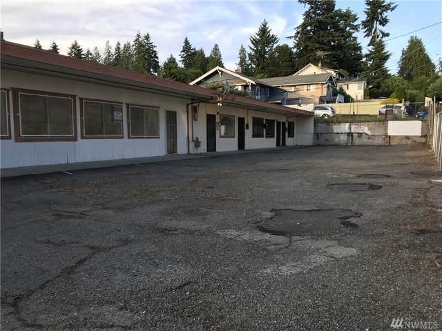 7636 Rainier Ave S A, Seattle, WA 98118 (#1618422) :: Ben Kinney Real Estate Team