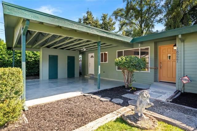 18227 73rd Avenue W, Edmonds, WA 98026 (#1618542) :: Ben Kinney Real Estate Team