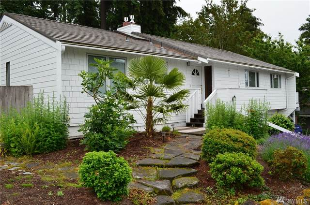 4118 107th Place NE, Kirkland, WA 98033 (#1619051) :: The Kendra Todd Group at Keller Williams