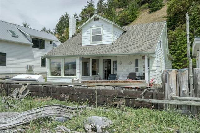 1200 Beckett Point Road, Port Townsend, WA 98368 (#1619134) :: Priority One Realty Inc.