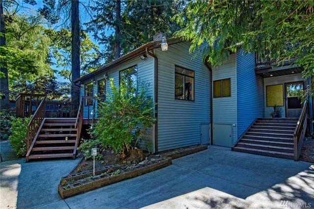 11515 32nd Ave NE, Seattle, WA 98125 (#1619143) :: Northern Key Team