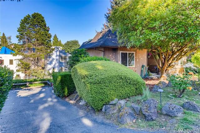 2326 49th Ave SW, Seattle, WA 98116 (#1619727) :: Northern Key Team