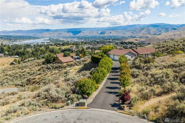 340 Teakwood Lane, Wenatchee, WA 98801 (#1620212) :: Keller Williams Realty