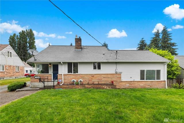124 SW 142nd St, Burien, WA 98166 (#1620240) :: The Kendra Todd Group at Keller Williams