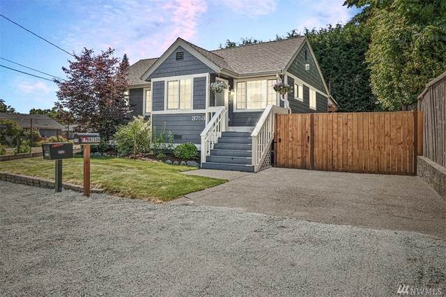 3753 SW 100th St, Seattle, WA 98146 (#1620488) :: Canterwood Real Estate Team