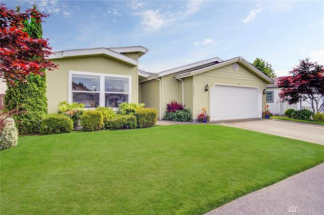 17617 21st Ave E, Spanaway, WA 98387 (#1620528) :: The Kendra Todd Group at Keller Williams