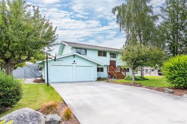 2919 B Ave, Anacortes, WA 98221 (#1620674) :: Canterwood Real Estate Team