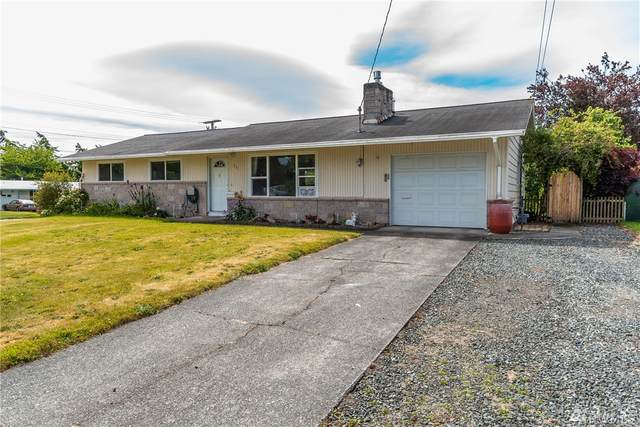 231 SW 10th Ave, Oak Harbor, WA 98277 (#1620703) :: The Kendra Todd Group at Keller Williams