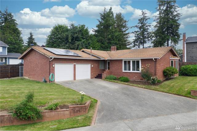 3323 206th Place SW, Lynnwood, WA 98036 (#1621309) :: The Kendra Todd Group at Keller Williams