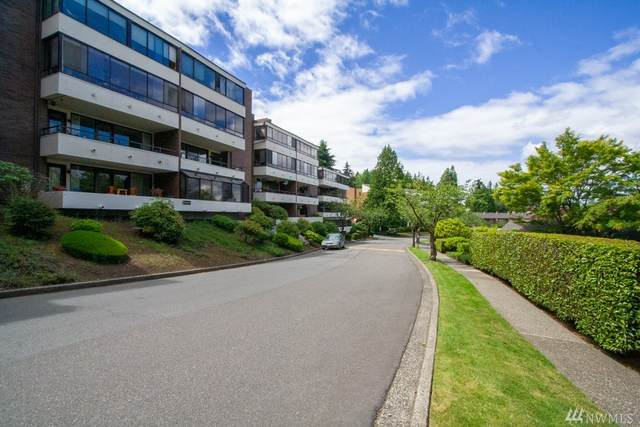 10907 Glen Acres Drive S #C, Seattle, WA 98168 (#1621345) :: Pickett Street Properties