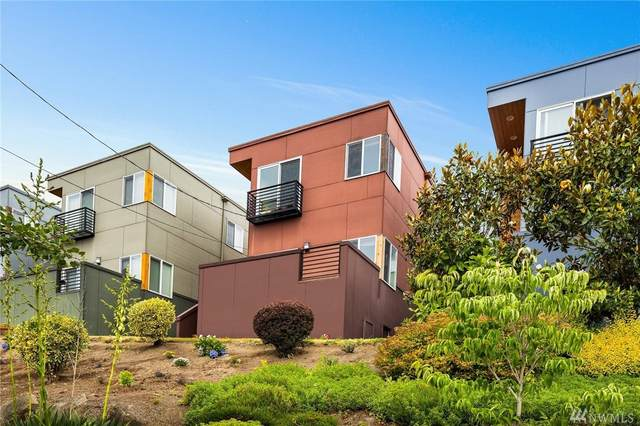 6020 18th Ave S, Seattle, WA 98108 (#1621405) :: The Kendra Todd Group at Keller Williams