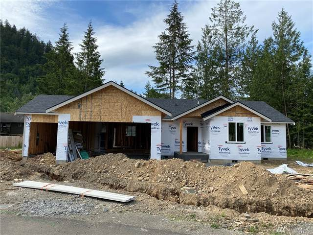 6204 Colfax Ct, Maple Falls, WA 98266 (#1621795) :: Northern Key Team