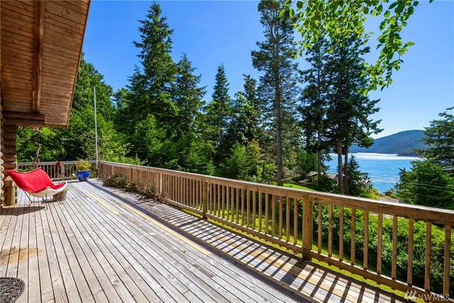 5100 Totem Trail, Anacortes, WA 98221 (#1622154) :: Hauer Home Team