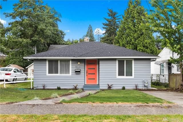 9024 15th Ave SW, Seattle, WA 98106 (#1622509) :: Costello Team