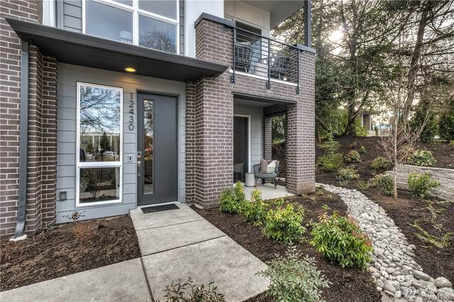 12423 NE 10th Lane D7, Bellevue, WA 98005 (#1623428) :: Ben Kinney Real Estate Team