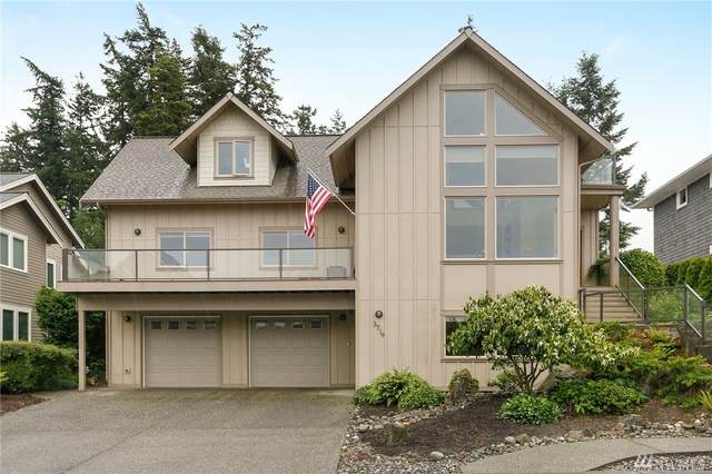 3719 W 12th St, Anacortes, WA 98221 (#1623459) :: Ben Kinney Real Estate Team