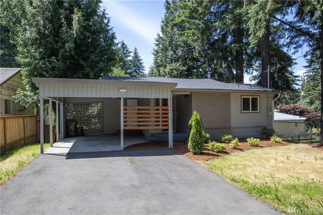 12747 12th Ave NE, Seattle, WA 98125 (#1623597) :: Real Estate Solutions Group