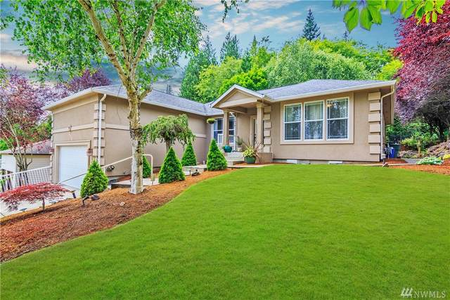 237 W Beacon Hill Dr, Longview, WA 98632 (#1623622) :: The Kendra Todd Group at Keller Williams