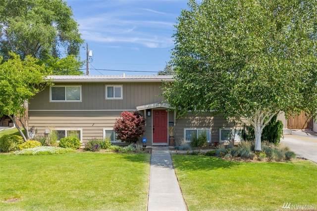 1135 S Eastlake Dr, Moses Lake, WA 98837 (#1623747) :: The Kendra Todd Group at Keller Williams