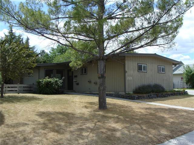 2021 S Belair Dr, Moses Lake, WA 98837 (#1624215) :: The Kendra Todd Group at Keller Williams
