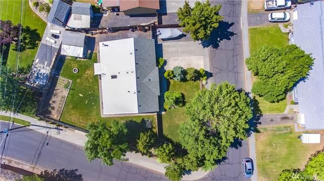 901 Lindberg Lane, Moses Lake, WA 98837 (#1624485) :: Costello Team