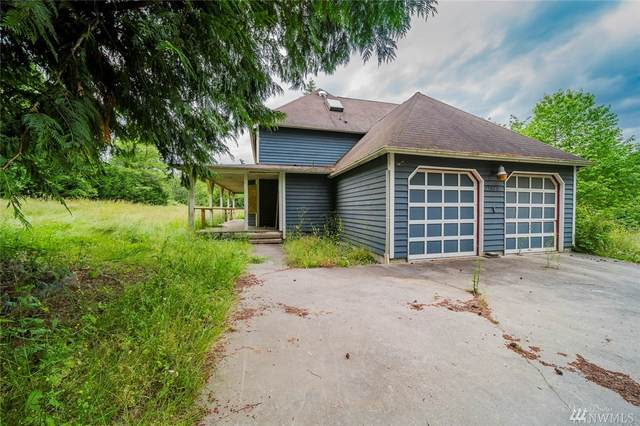 15817 62nd Ave NW, Stanwood, WA 98292 (#1624494) :: Real Estate Solutions Group