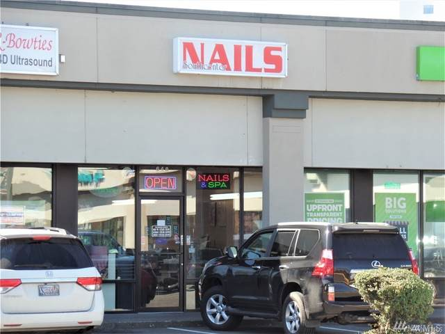 648 Strander Blvd, Tukwila, WA 98118 (#1624639) :: The Kendra Todd Group at Keller Williams