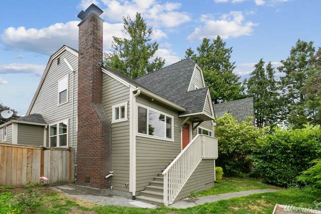5037 35th Ave SW, Seattle, WA 98126 (#1624685) :: Northern Key Team