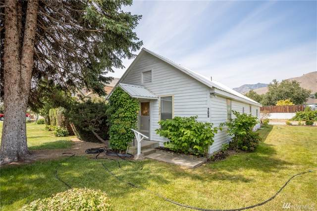 708 N Woodward, Wenatchee, WA 98801 (#1624856) :: Better Homes and Gardens Real Estate McKenzie Group