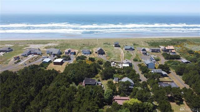 945 Cohasset Dunes Lane, Westport, WA 98595 (#1624871) :: Ben Kinney Real Estate Team